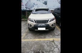 Selling White Kia Sorento 2010 SUV / MPV at  Automatic   at 64000 in Cebu City