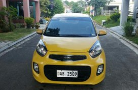 Sell Yellow 2017 Kia Picanto in Manila