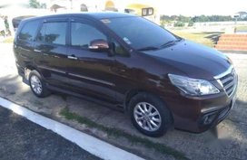 Selling Black Toyota Innova 2015 in Manila