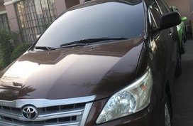 Selling Brown Toyota Innova 2014 in Pampanga