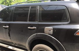 Sell Black 2013 Mitsubishi Montero in Carmona