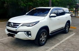 Selling White Toyota Fortuner 2019 in Cebu City