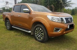Sell Yellow 2018 Nissan Navara in Talisay