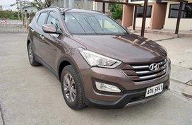 Sell Grey Hyundai Santa Fe in Manila