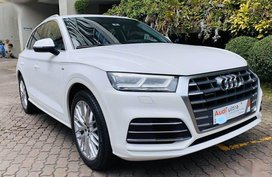 Pearlwhite Audi Q5 2018 for sale in Quezon City