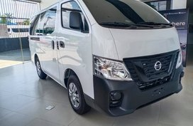 2020 Nissan URVAN 15STR MT