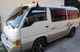 Selling White Nissan Urvan Escapade 2014 in Manila