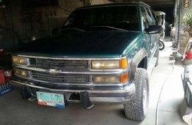 Green Chevrolet Suburban 1998 for sale in Bocaue