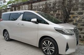Rush for sale 2020 Toyota Alphard