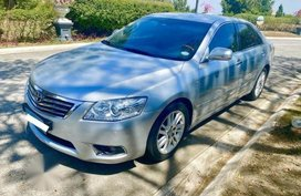 Selling Silver Toyota Camry 2011 in Makati City