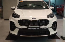 White Kia Sportage for sale in Manila