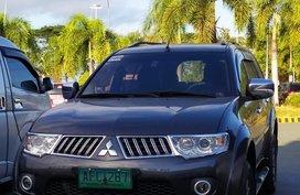 Selling Black Mitsubishi Montero sport 2012 in Binangonan