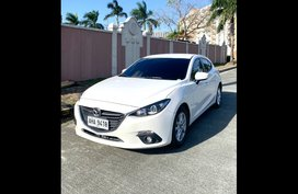 Selling Pearl White Mazda 3 2015 Hatchback at 51743 in Quezon City
