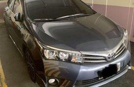 Grey Toyota Corolla altis for sale in Manila