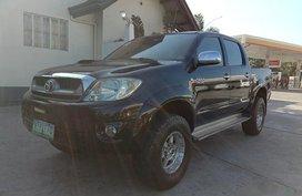 Sell Black 2010 Toyota Hilux Truck in Manila