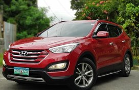 Selling Red Hyundai Santa Fe 2013 SUV / MPV in Manila
