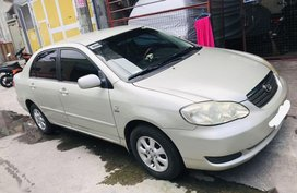 White Toyota Corolla Altis 2006 for sale in Monumento Circle