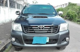 Grey Toyota Hilux 2012 Truck for sale in Manila