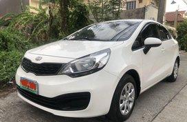 Sell White 2012 Kia Rio in Imus City