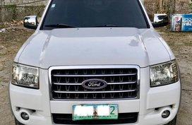 White Ford Everest 2009 for sale in Manila