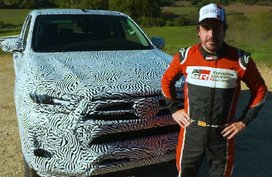 New Toyota Hilux flexes more powerful diesel engine in teaser video