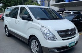 Selling White Hyundai Starex 2011 in San Juan