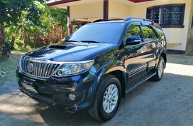 Black Toyota Fortuner 2012 for sale in Santo Tomas