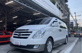 2018 Hyundai Grand Starex Gold 12tkms only