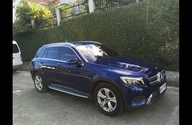 Selling Blue Mercedes-Benz Gl-Class 2017 in Talisay