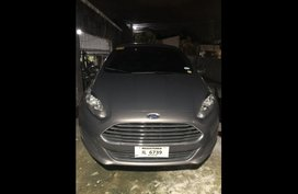 Selling Grey Ford Fiesta 2016 in Cainta