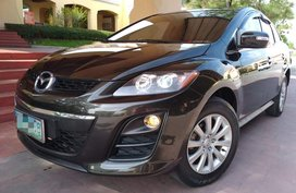 Casa Maintain. Low Mileage. Almost Brand New Condition. Mazda CX-7 AT
