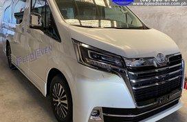 Brand New 2020 Toyota Granvia Premium Dubai (ALL CAPTAIN SEATS) Ottoman Seats