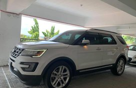 Sell White 2017 Ford Explorer in Manggahan