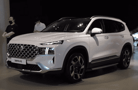 Check out 2021 Hyundai Santa Fe's gorgeous design in the metal
