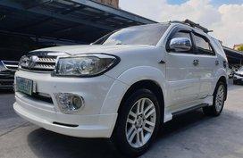 Toyota Fortuner 2010 G