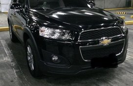 Selling Black Chevrolet Captiva 2014 in Manila