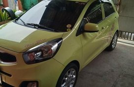 Sell Green 2014 Kia Picanto in Manila