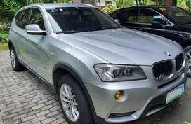 Silver Bmw X3 for sale in Makita