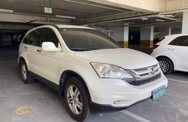 Selling White Honda Cr-V in Manila