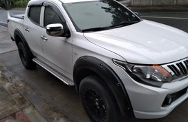 White Mitsubishi Strada for sale in Batangas