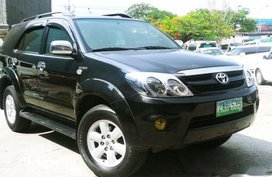 Black Toyota Fortuner 2005 for sale in Manila
