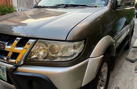 Sell Brown 2012 Isuzu Crosswind in Manila