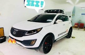 Selling White Kia Sportage in Cebu City
