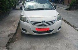 Sell White Toyota Vios in Manila