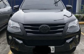 Selling Black Toyota Fortuner for sale in Muntinlupa