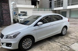 Selling White Suzuki Ciaz for sale in Manila
