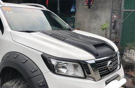 White Nissan Navara for sale in Commonwealth Market