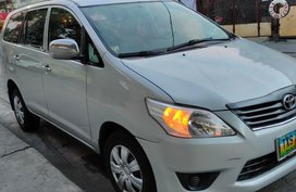 White Toyota Innova for sale in Makati