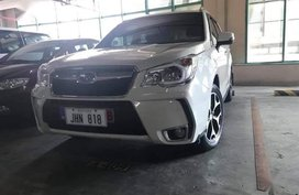 Selling White Subaru Forester for sale in Manila