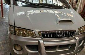 2001 Hyundai Starex